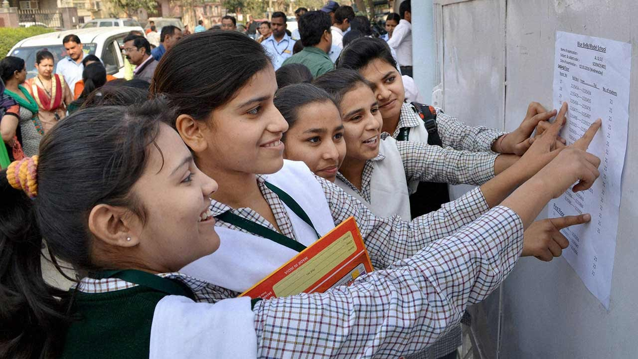 CBSE class 10 students checking their board exam scores